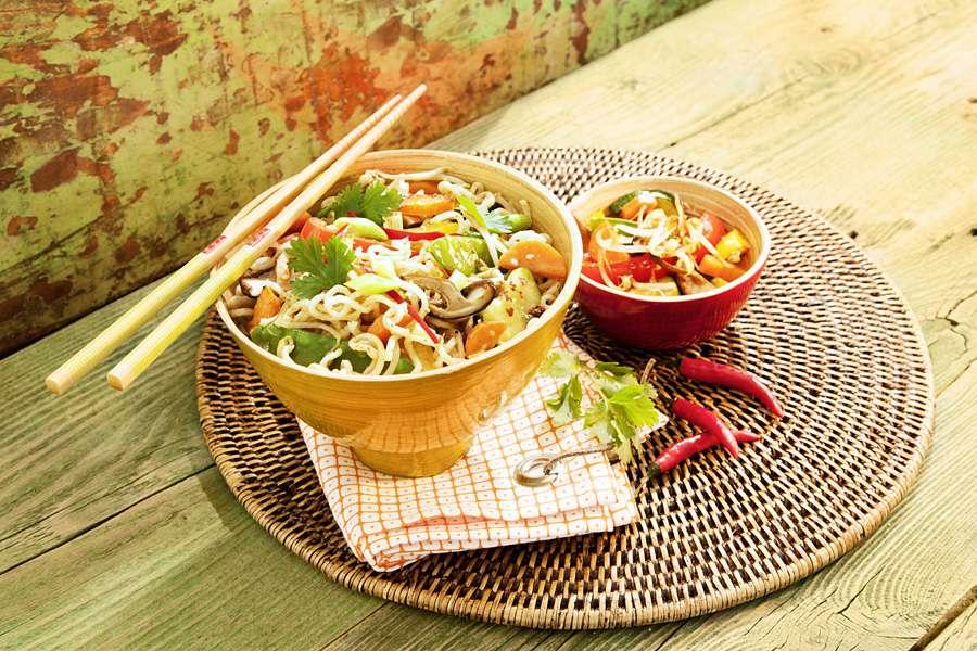 Asia-Gemüse Wok mit Kokosmus