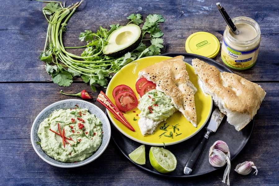 Avocado-Tahin-Dip