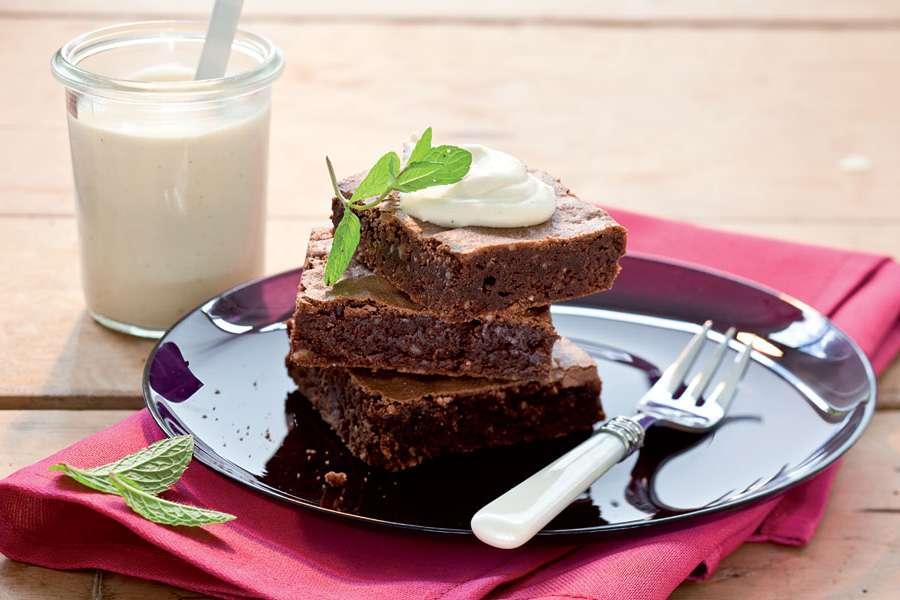 Brownies mit weißer Schoko-Mousse