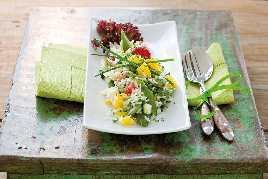 Bunter Gemüse-Reissalat