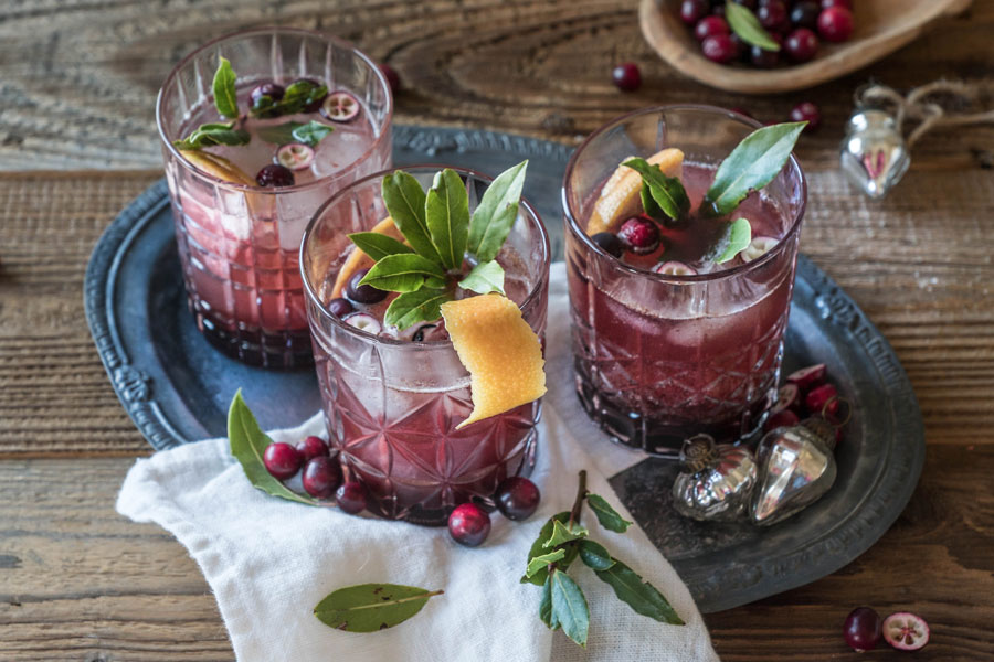 Cranberry spritz with bay leaf