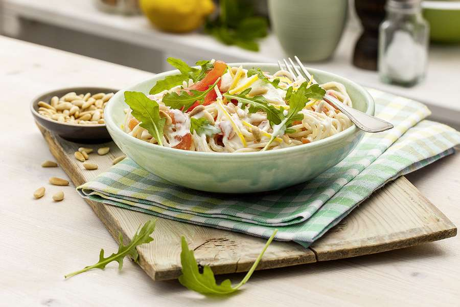 Emmer-Spaghetti mit Ricotta und Tomaten