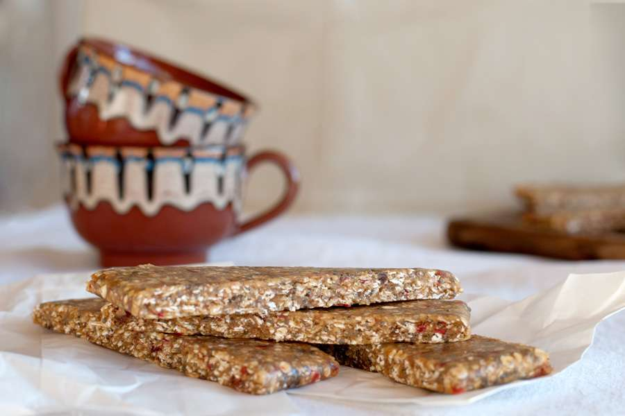 Power bars with almond butter