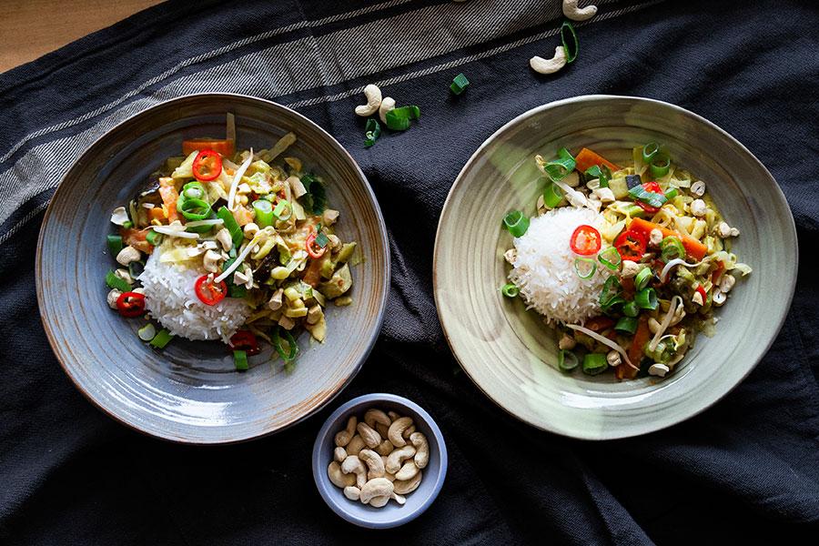 Erdnusssauce für gedünstetes Gemüse, Reis oder Bratlinge