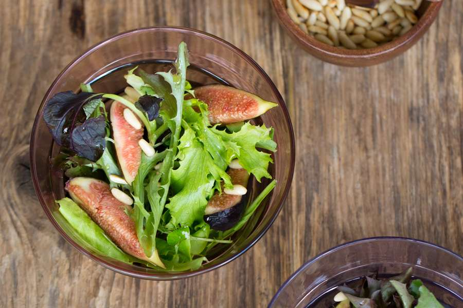 Fresh Fig Salad with toasted Pine Nuts and Omega Oil