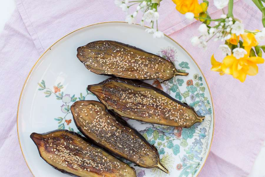 Baked eggplant with tahini cream and chia and sesame seeds