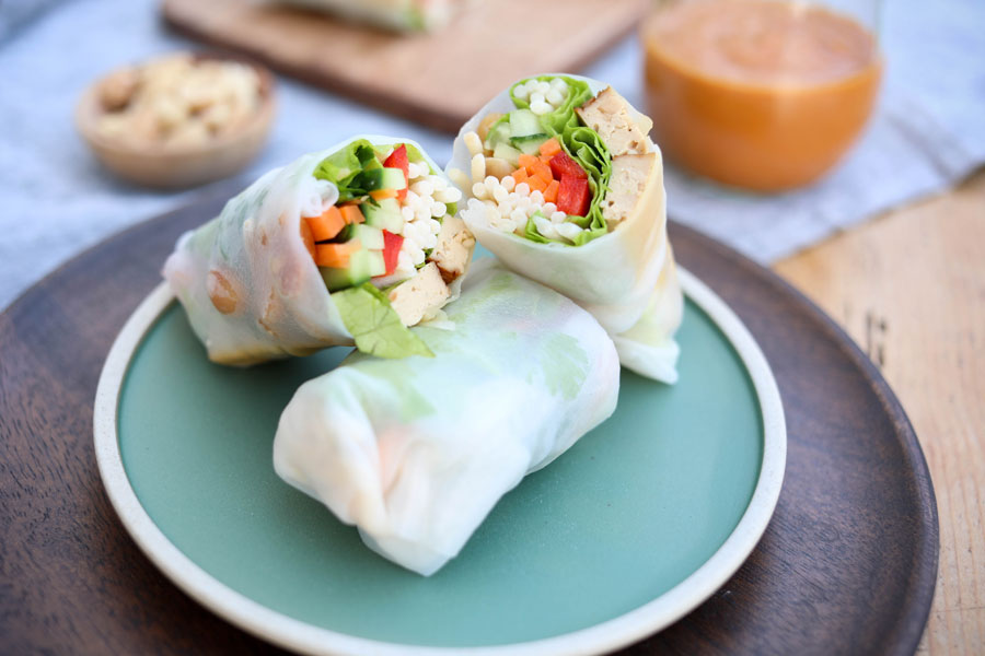 28.06.2018: Veggie summer rolls with peanut dressing