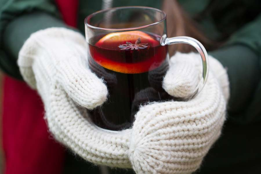 28.12.2016: Mulled wine with spices and green pepper