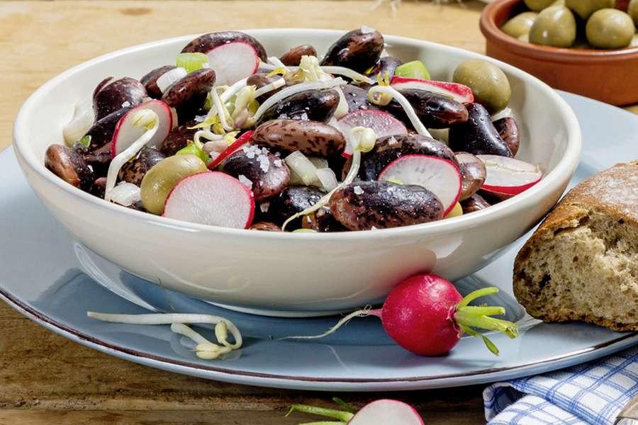Griechischer Salat mit Kidney Bohnen