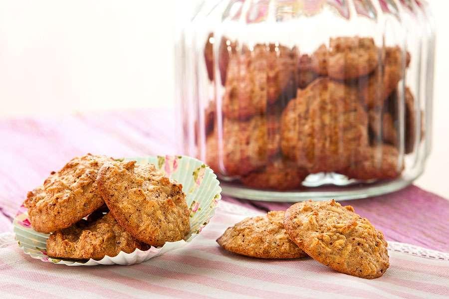 Hafer-Nuss-Kekse mit Ingwer