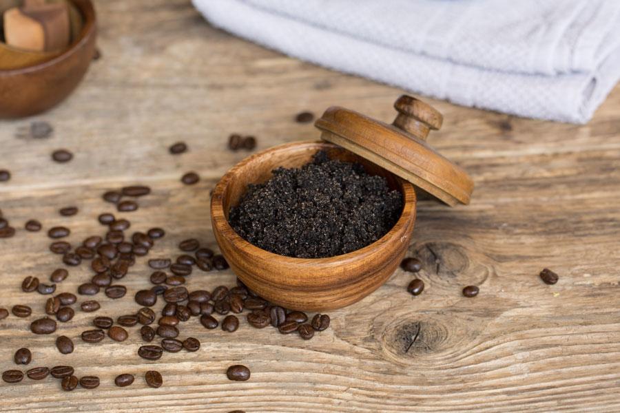 Kaffee-Body-Scrub Peeling