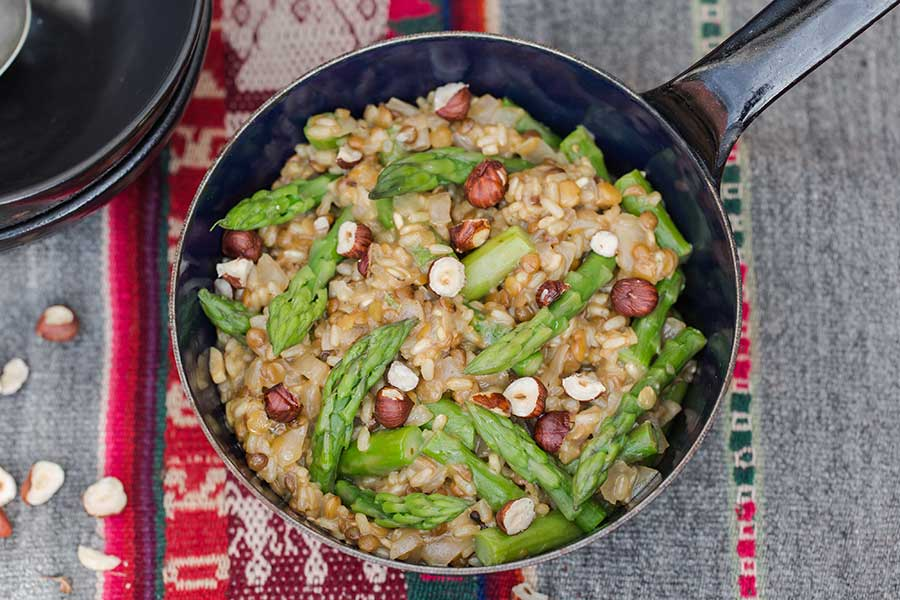 21.04.2019: Lensotto with asparagus and hazelnuts
