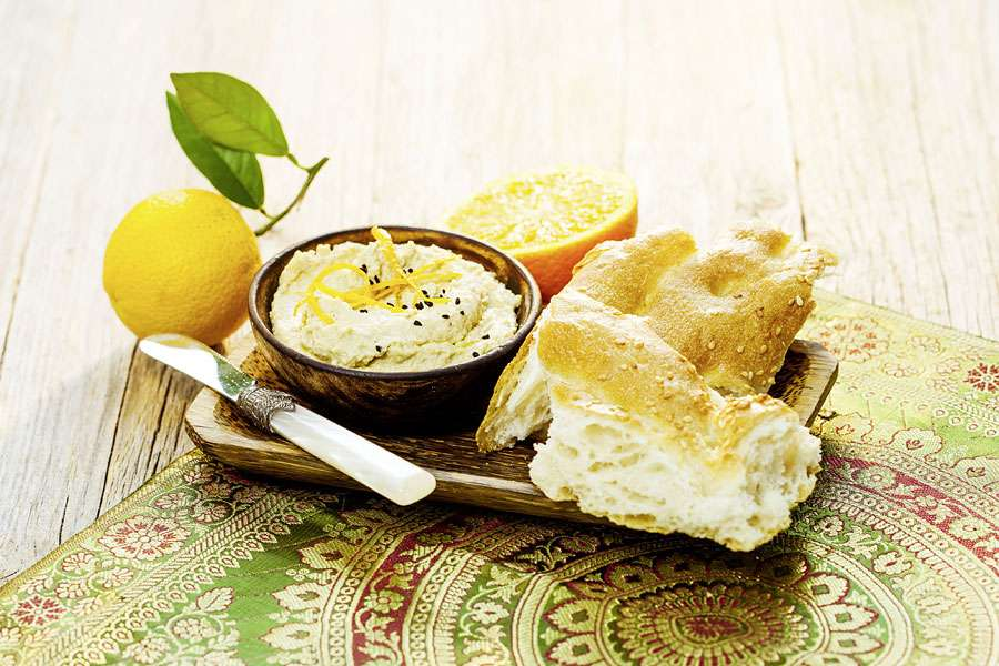 Fruchtiges Orangen-Hummus