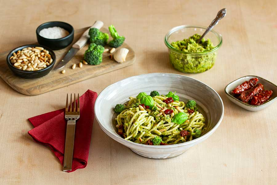 Broccoli pesto with pine nuts