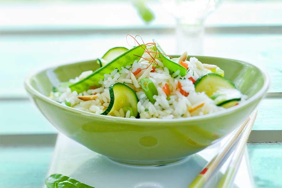 Reissalat mit Mungbohnen