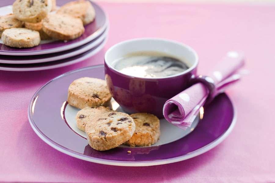bio rezept schokoladen nuss cookies rapunzel naturkost. Black Bedroom Furniture Sets. Home Design Ideas