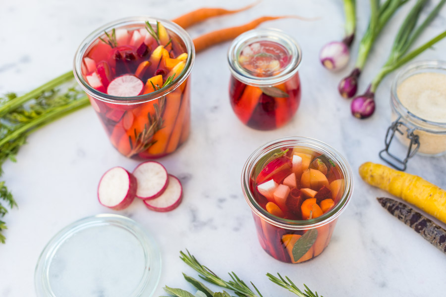 Hearty pickled snack vegetables